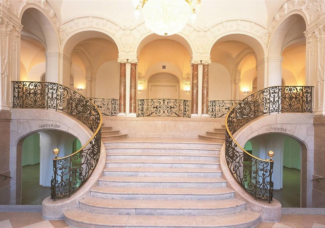 Koenigliches Kurhaus Foyer 2