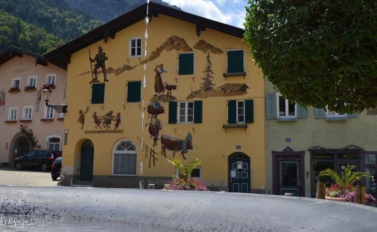 Kuenstlerviertel Florianiplatz Bad Reichenhall 3