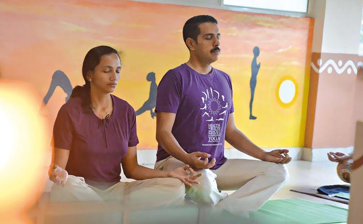 Romana Kochanwoski Yoga Photo Robin And Anju