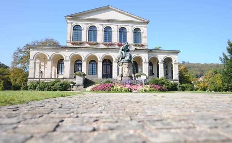 Wahrzeichen Kursaalgebaeude Staatsbad Bad Brueckenau 1
