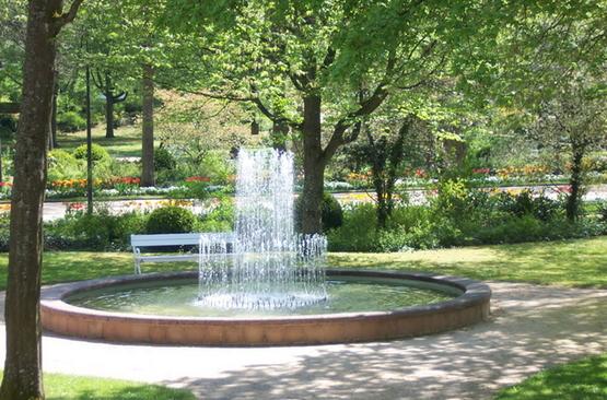 Brunnen Im Park Staatsbad Und Touristik Bad Bocklet Gmbh